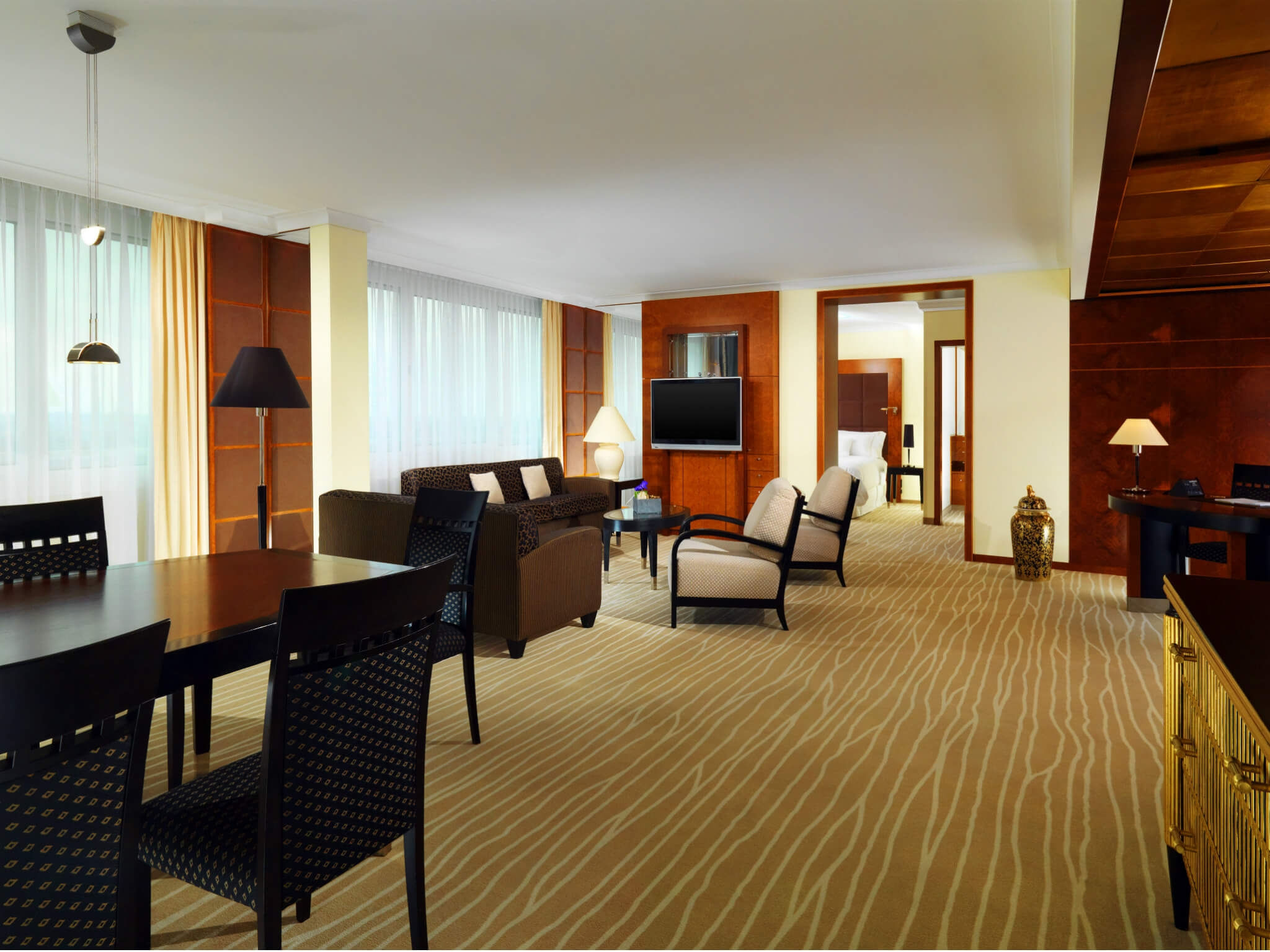 Deluxe Suite - The Westin Grand München